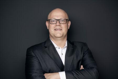 NIls Flasshof Rechtsanwalt Vorstand